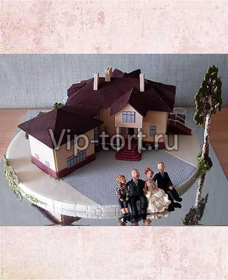 Торт коттедж с коричневой крышей
